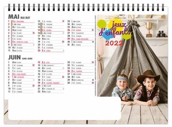 calendrier-chevalet-standard-de-bureau-7-feuilles-jeux-d-enfants-mai-juin-2022